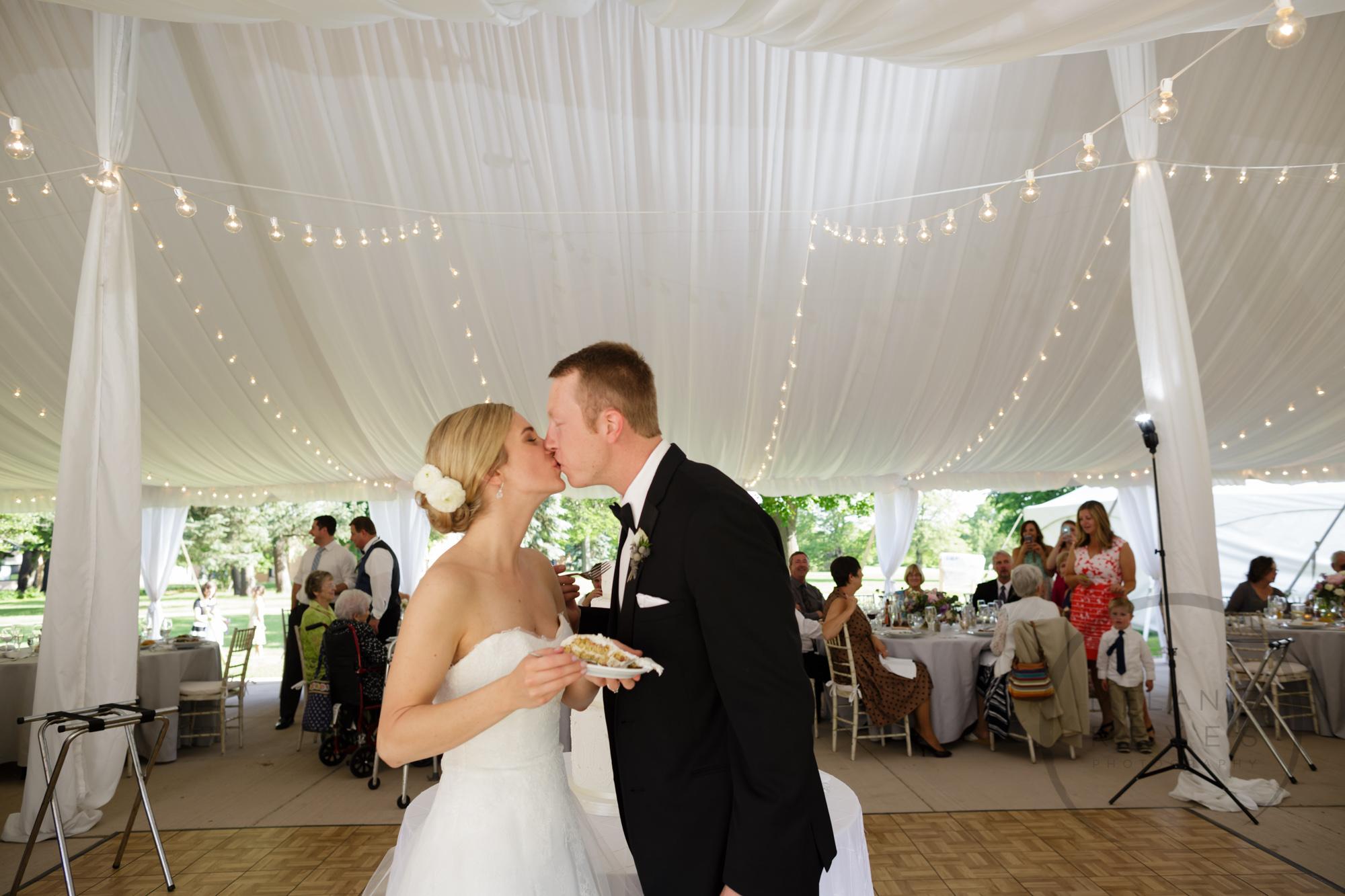 comer_earhart_manor_wedding_annarbor_067.jpg
