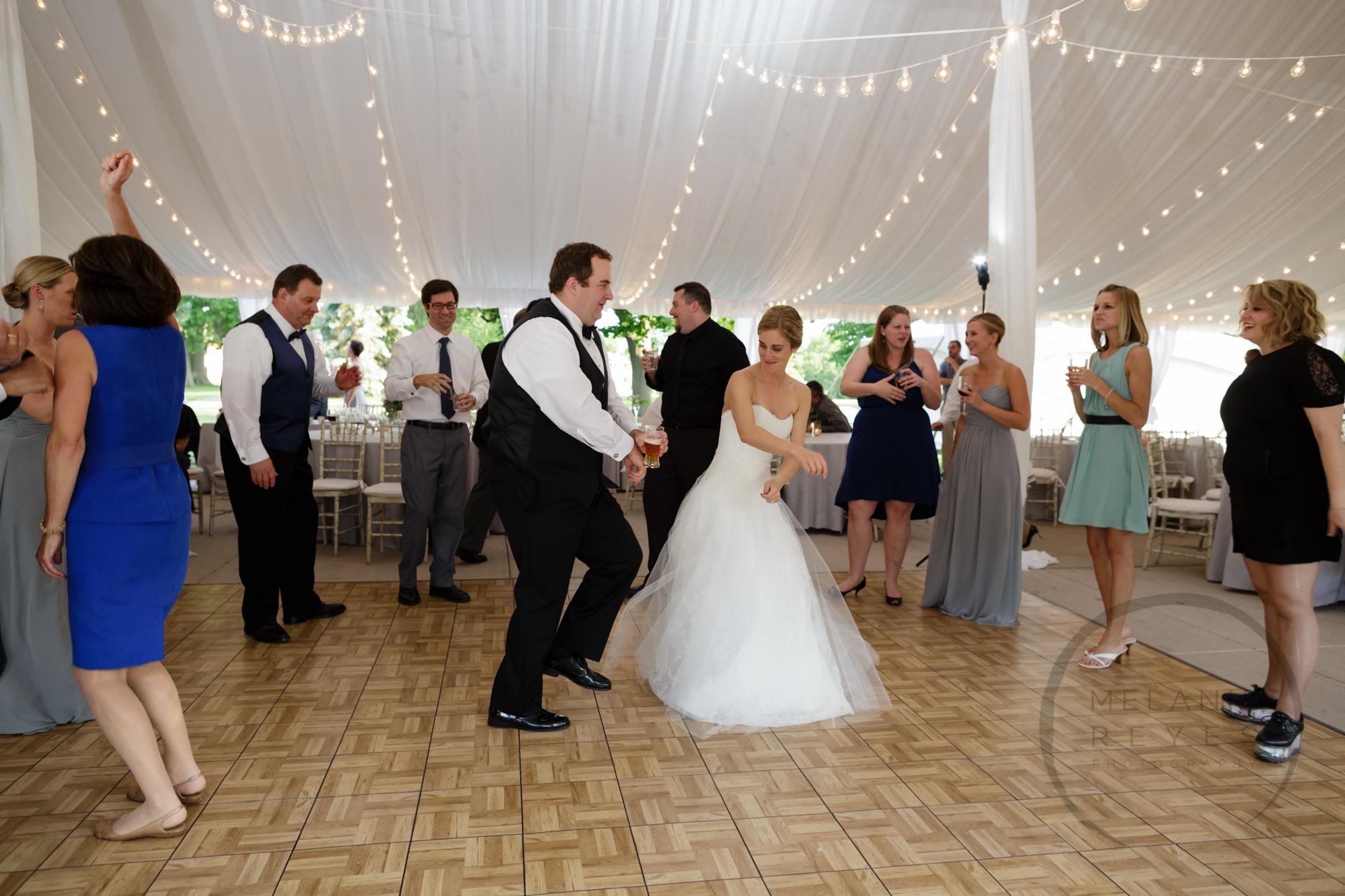 comer_earhart_manor_wedding_annarbor_081.jpg