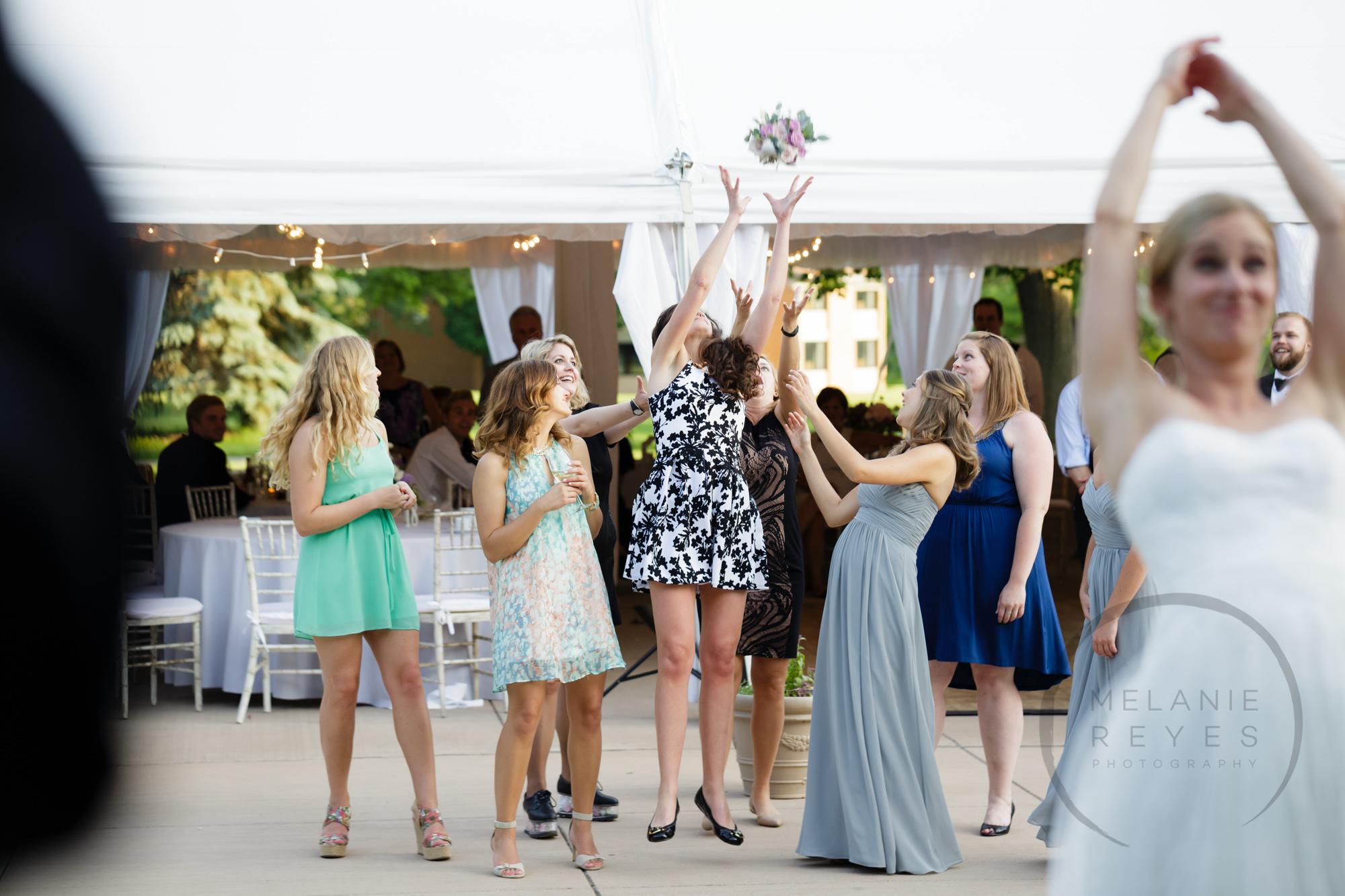 comer_earhart_manor_wedding_annarbor_083.jpg