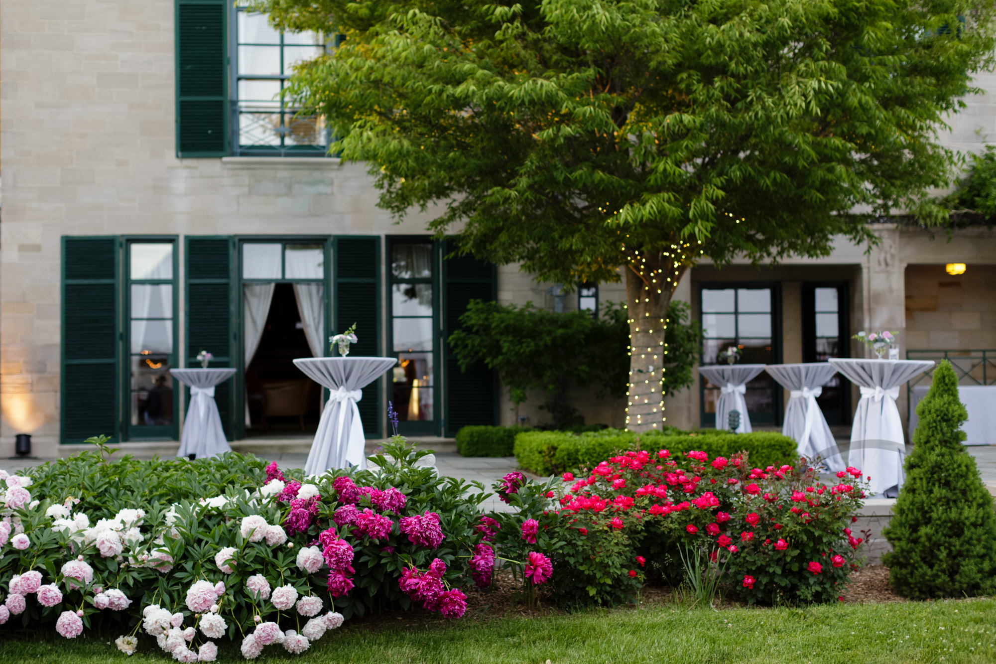 comer_earhart_manor_wedding_annarbor_085.jpg