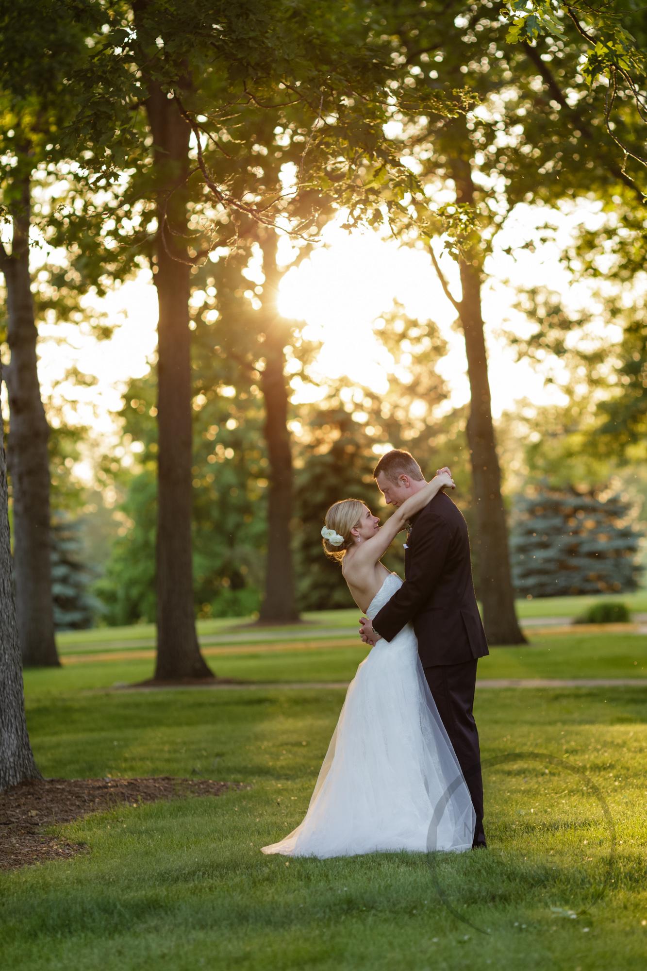 comer_earhart_manor_wedding_annarbor_086.jpg
