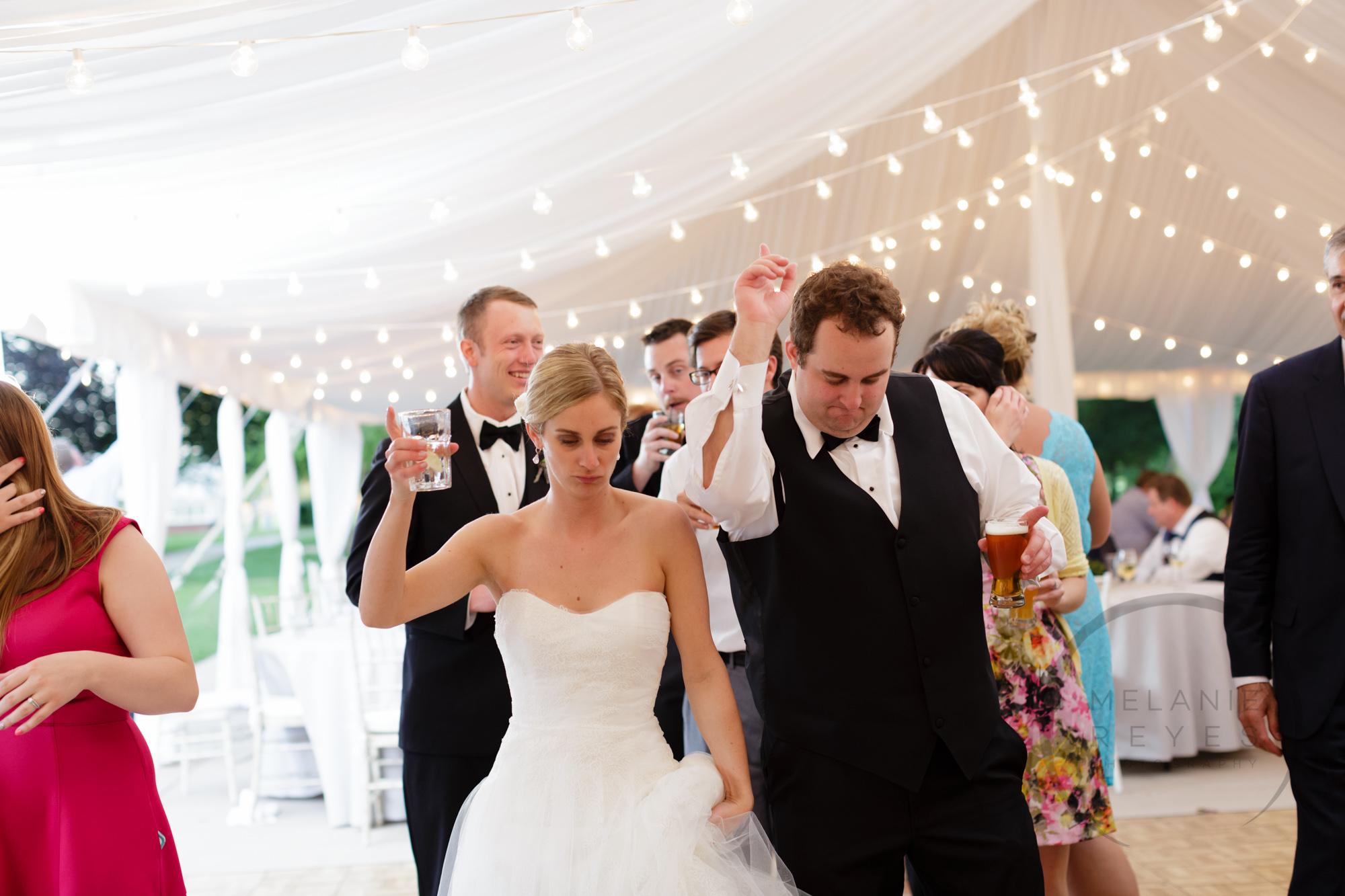 comer_earhart_manor_wedding_annarbor_094.jpg
