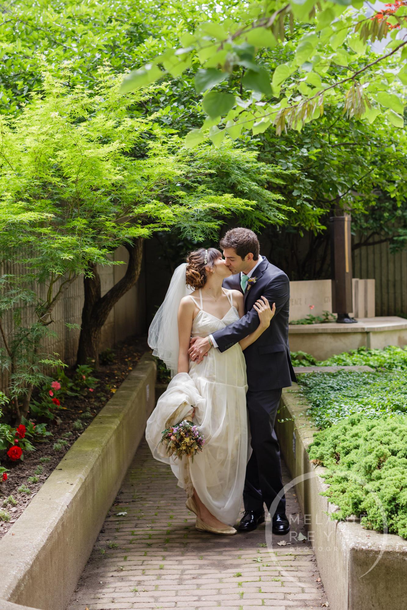 carlylewie_annarbor_wedding_-15.jpg