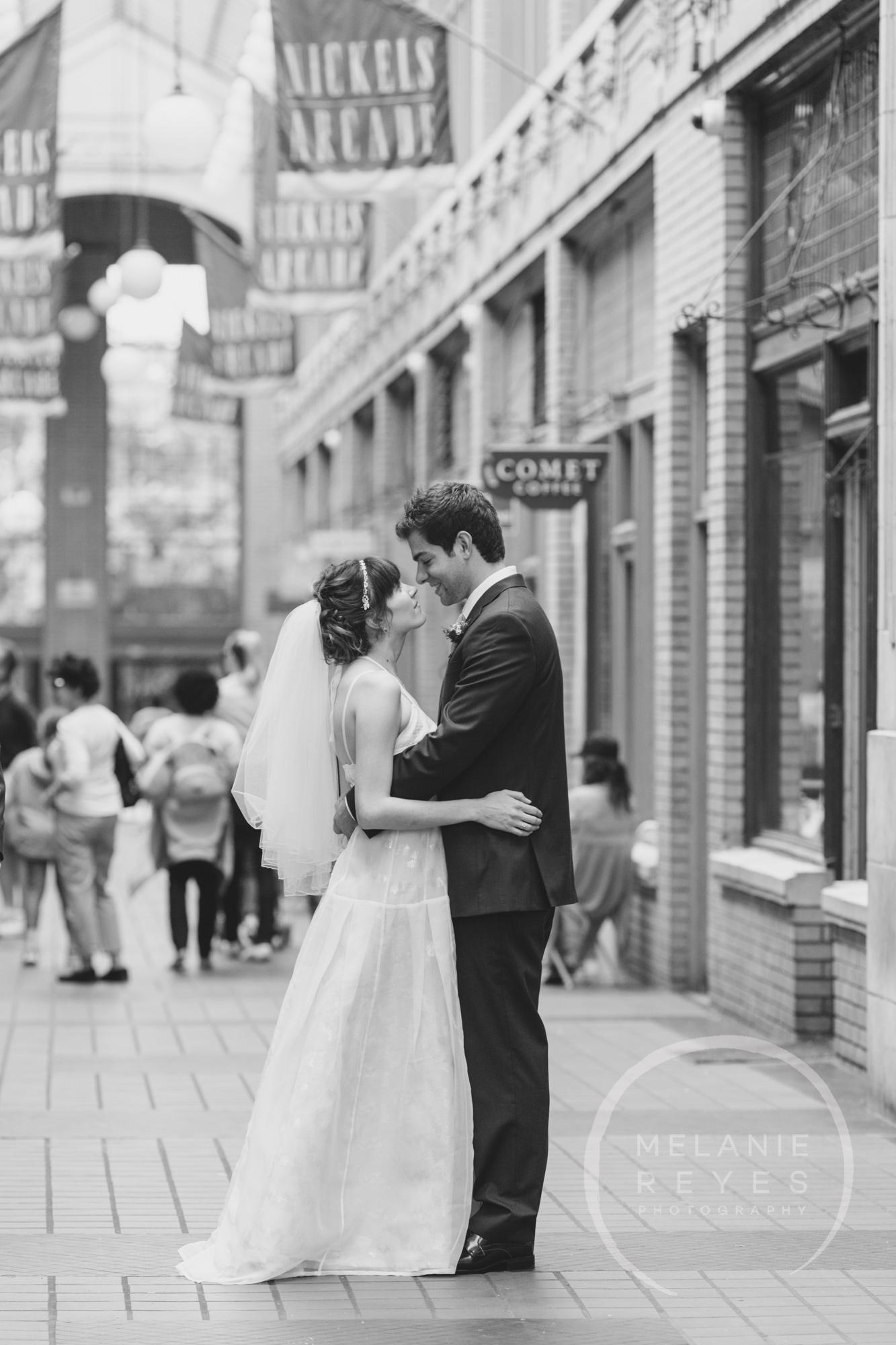 carlylewie_annarbor_wedding_-21.jpg