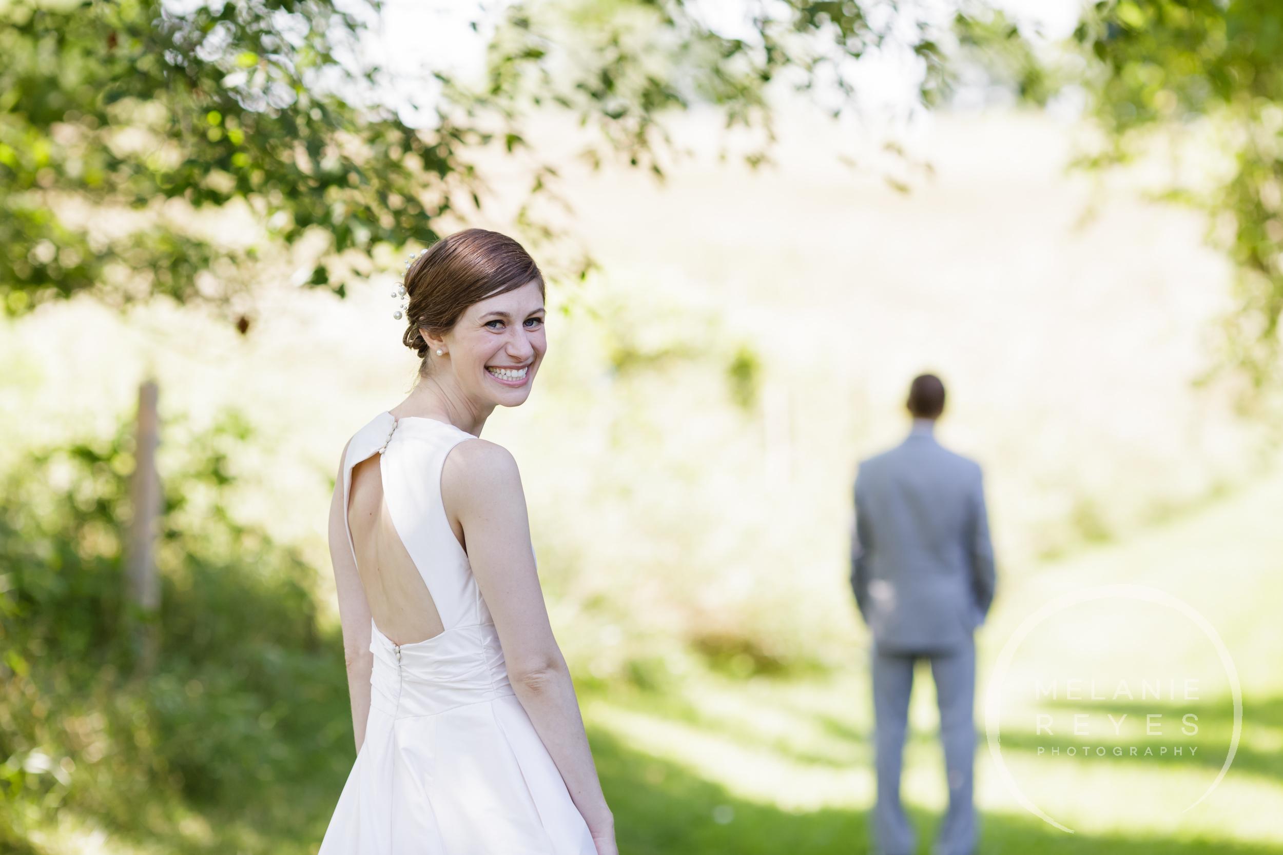 011_farm_wedding_melanie_reyes.JPG