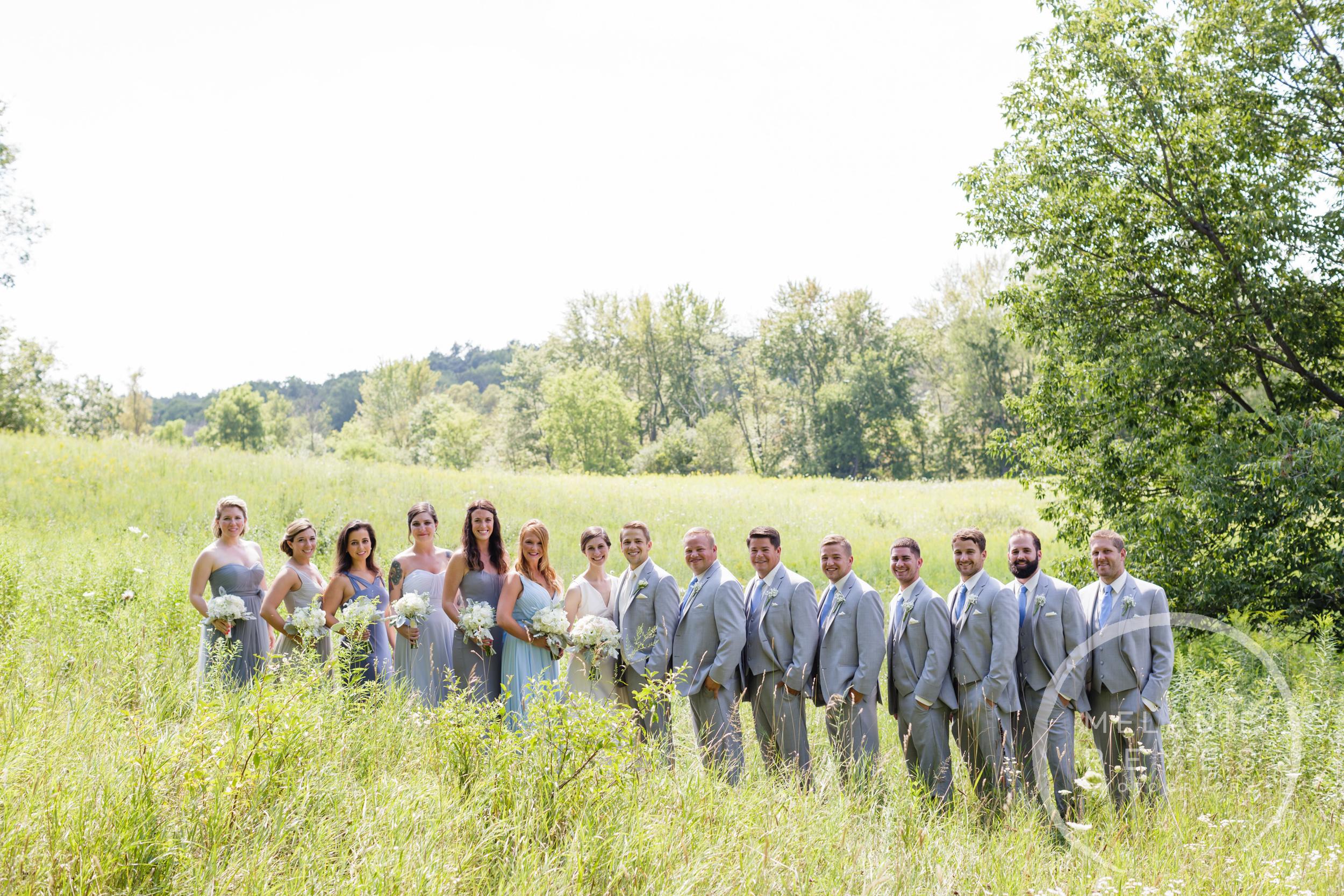 016_farm_wedding_melanie_reyes.JPG