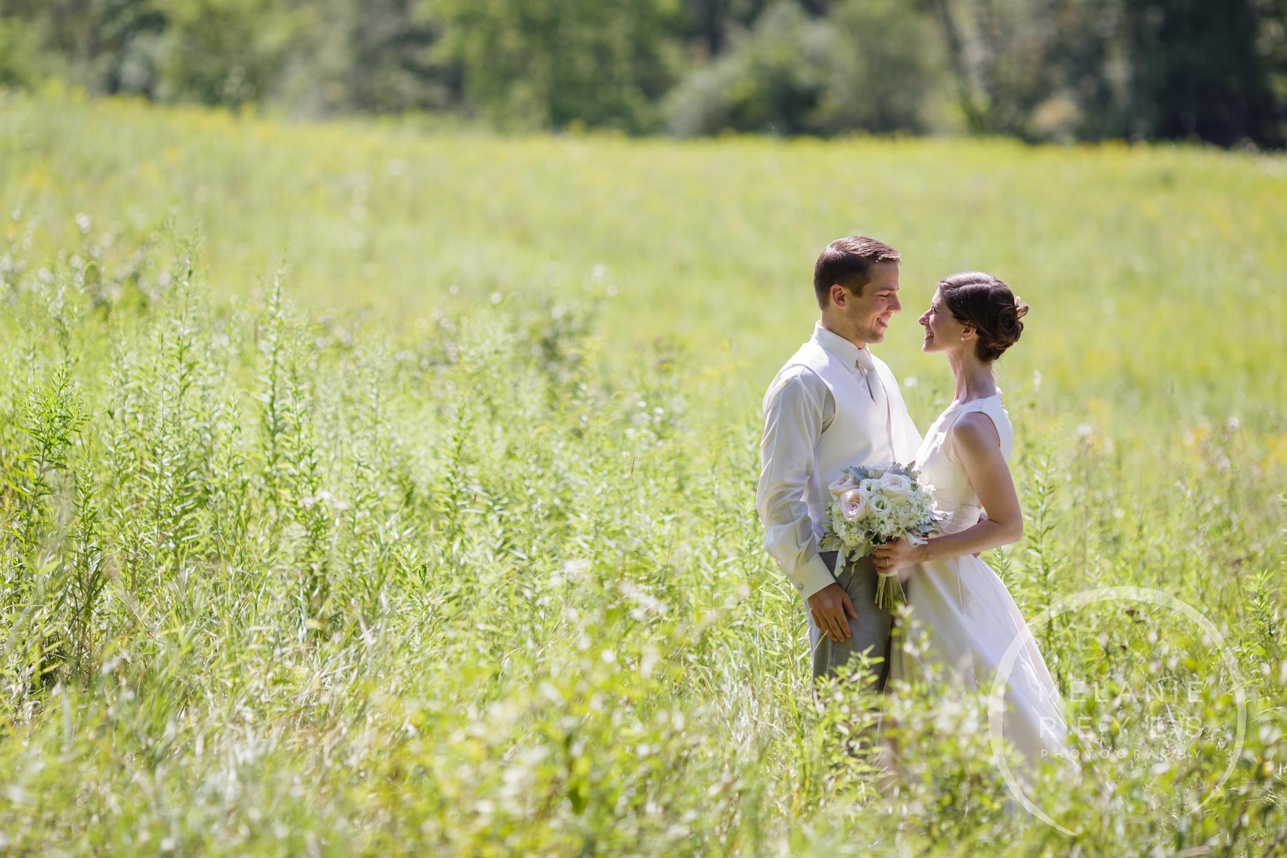 019_farm_wedding_melanie_reyes.JPG