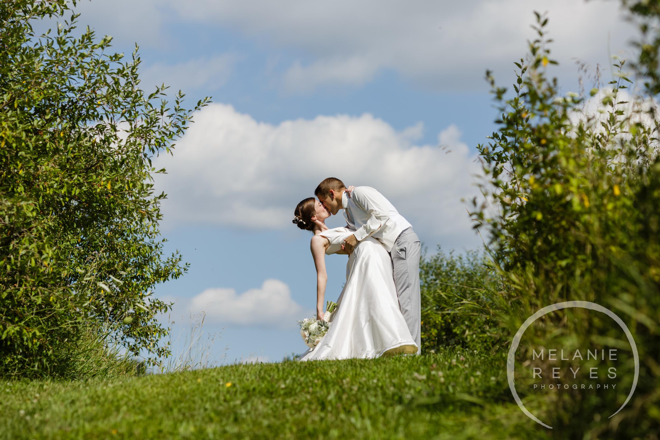 023_farm_wedding_melanie_reyes.JPG