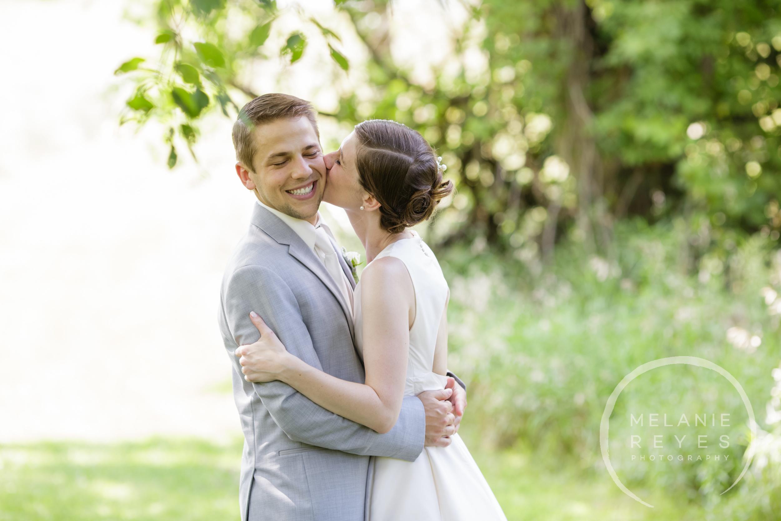 024_farm_wedding_melanie_reyes.JPG