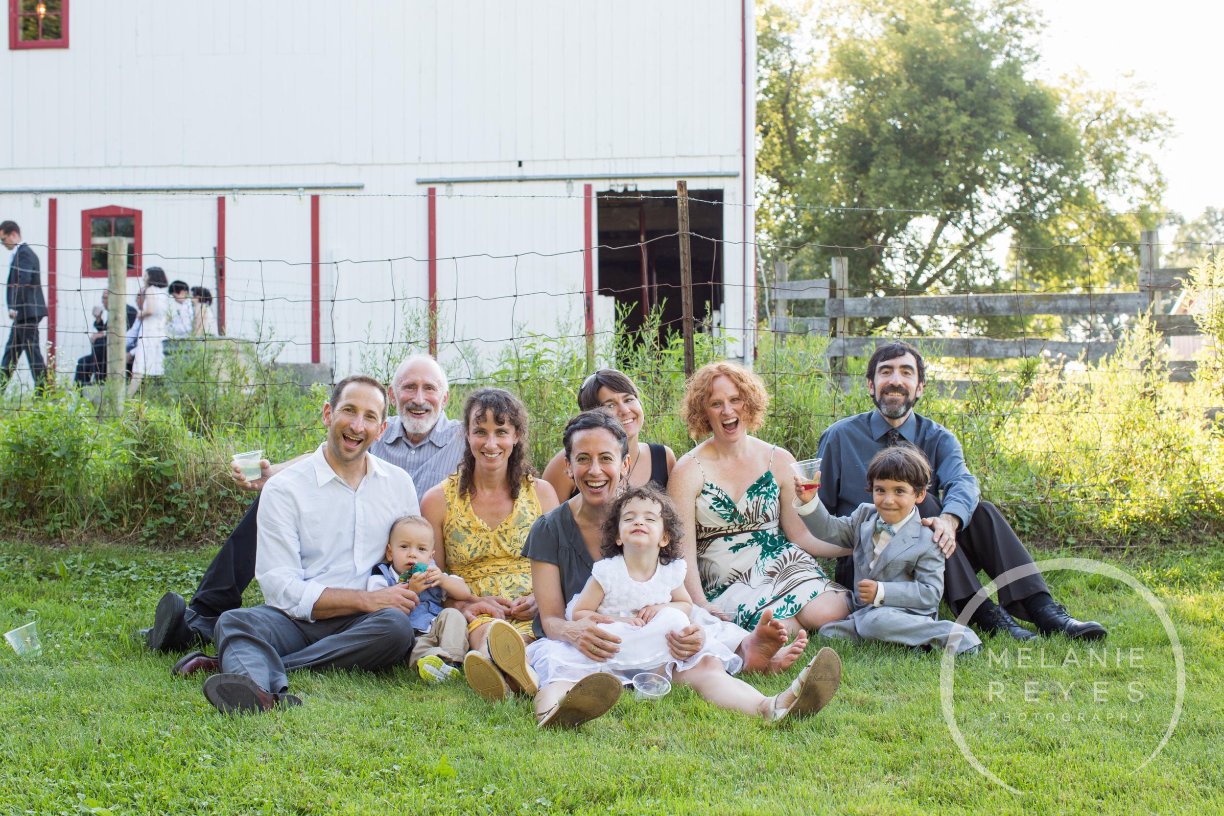 057_farm_wedding_melanie_reyes.JPG