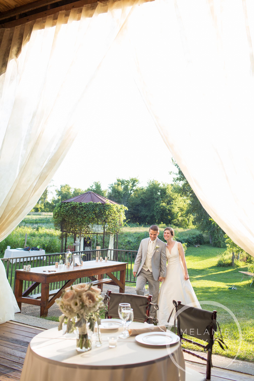 065_farm_wedding_melanie_reyes.JPG