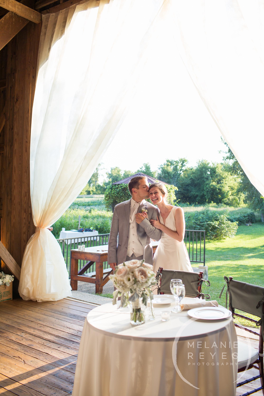 067_farm_wedding_melanie_reyes.JPG