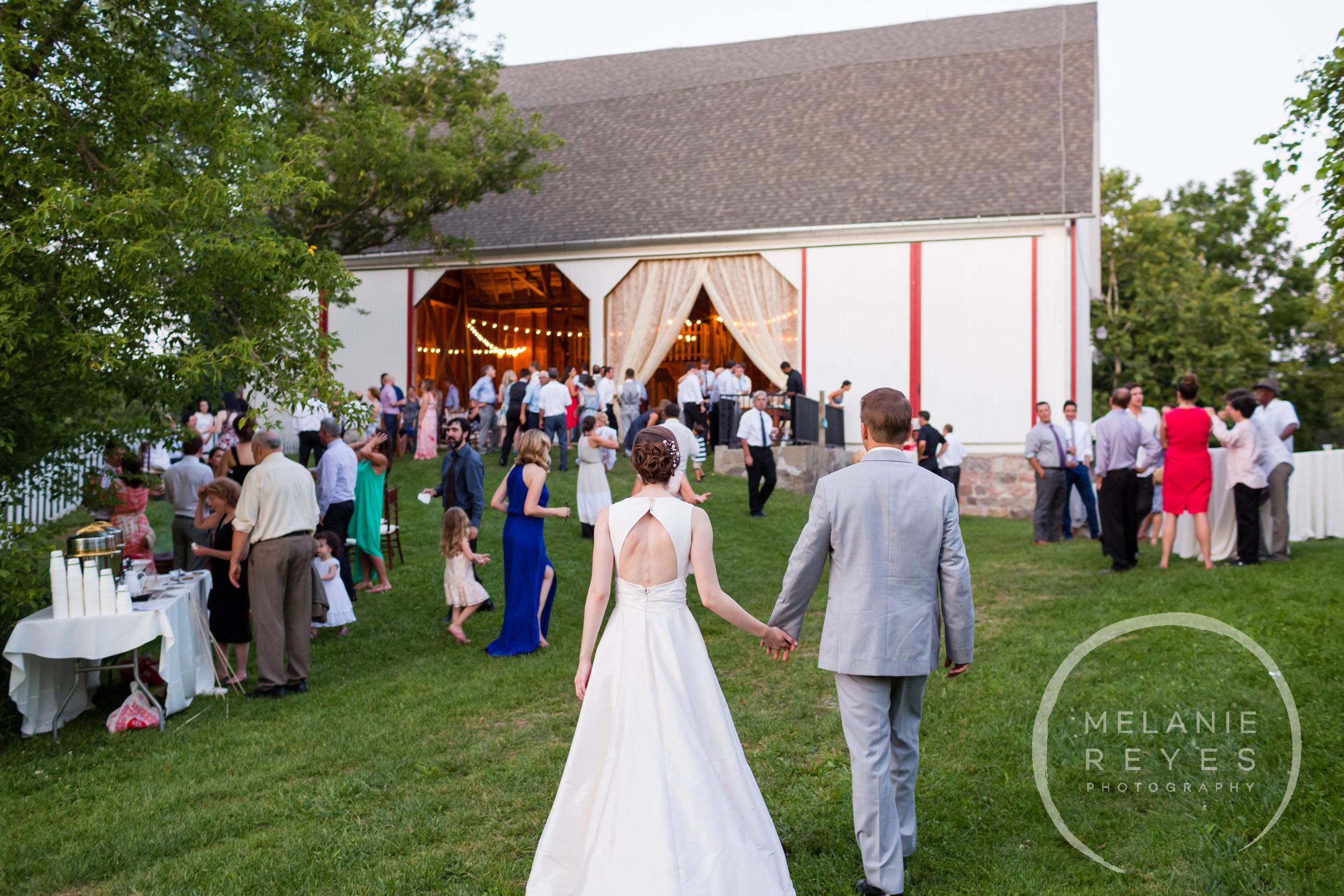 080_farm_wedding_melanie_reyes.JPG