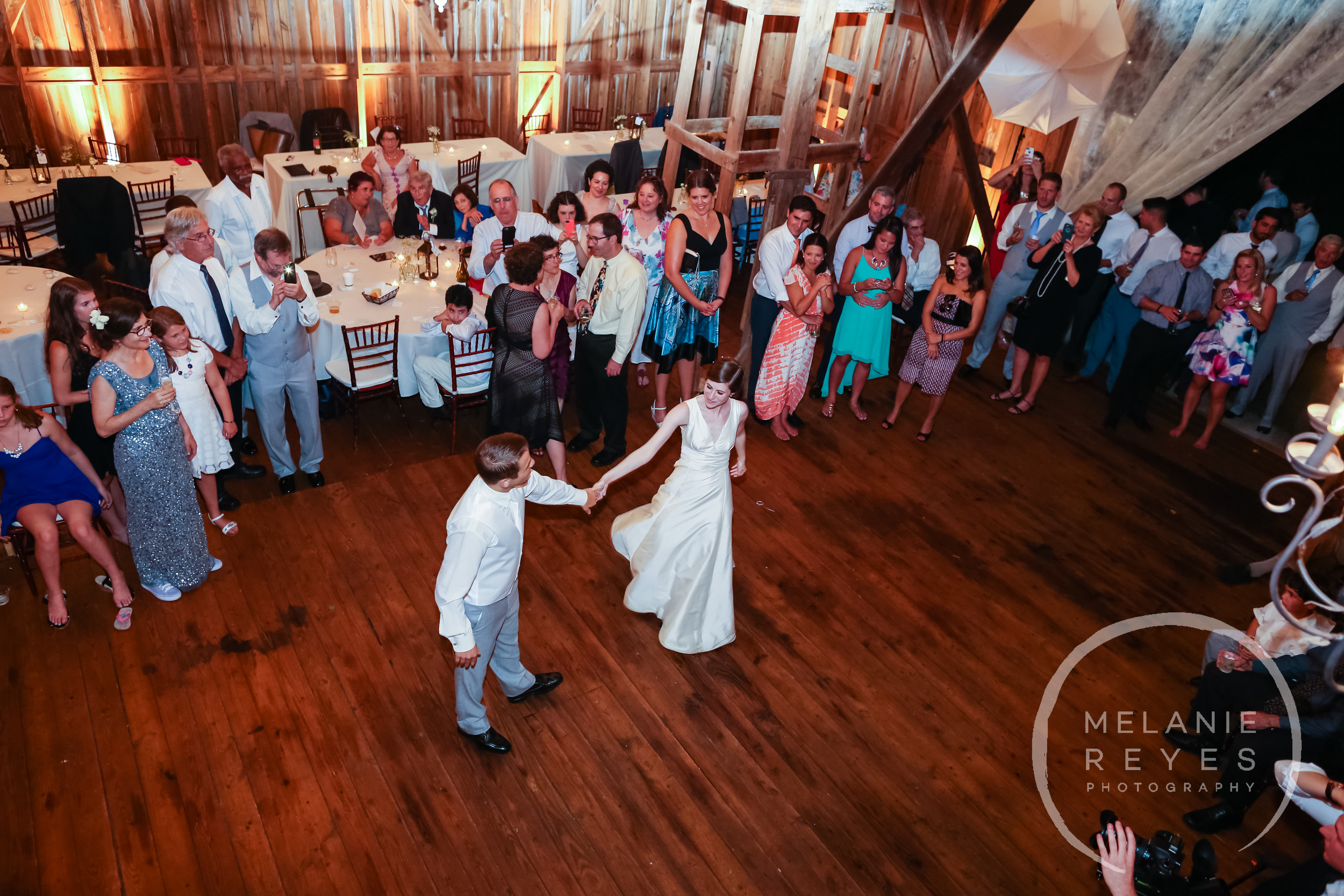 088_farm_wedding_melanie_reyes.JPG