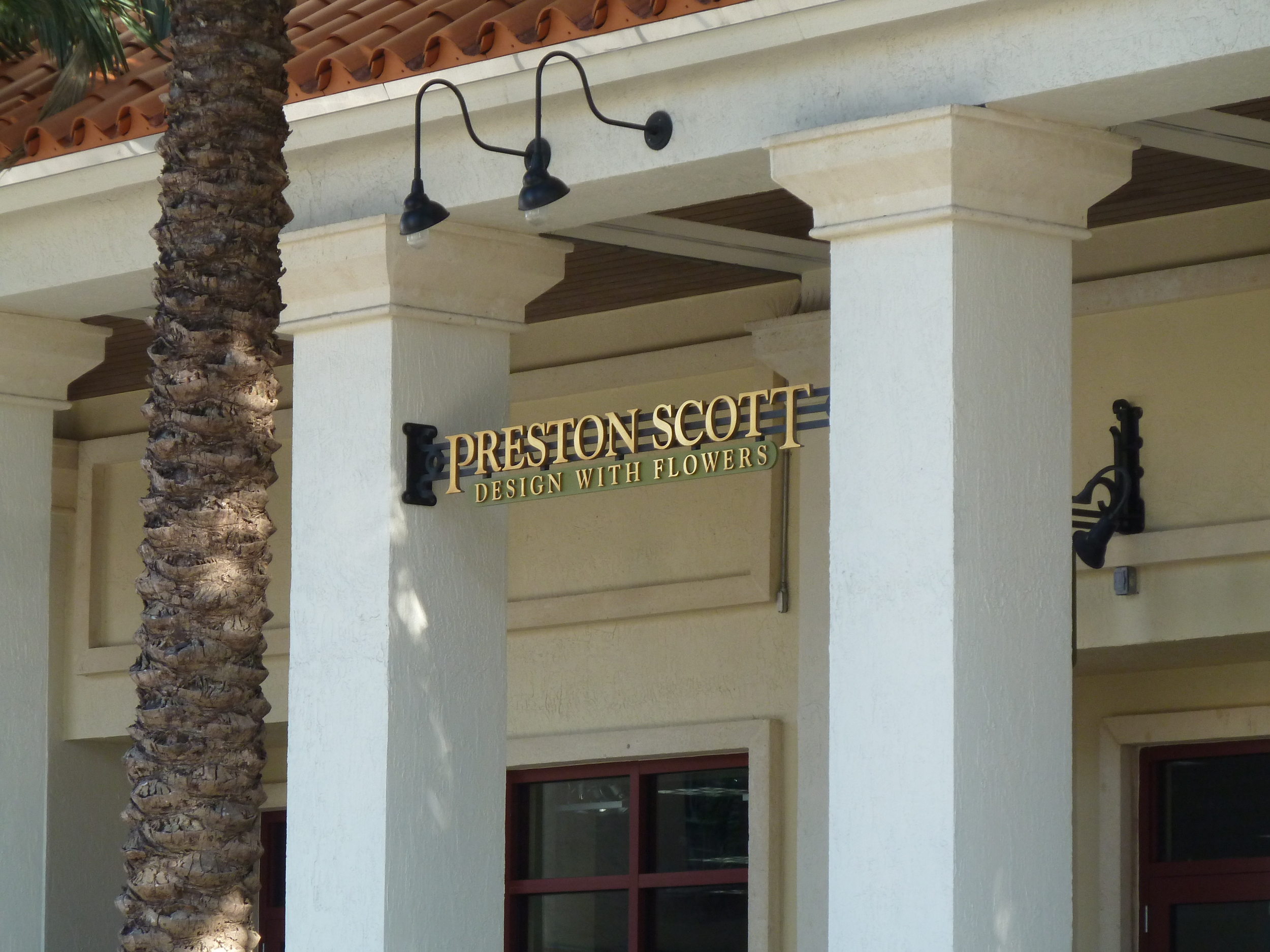FL Coral Gables - sign suspended between pilasters.JPG
