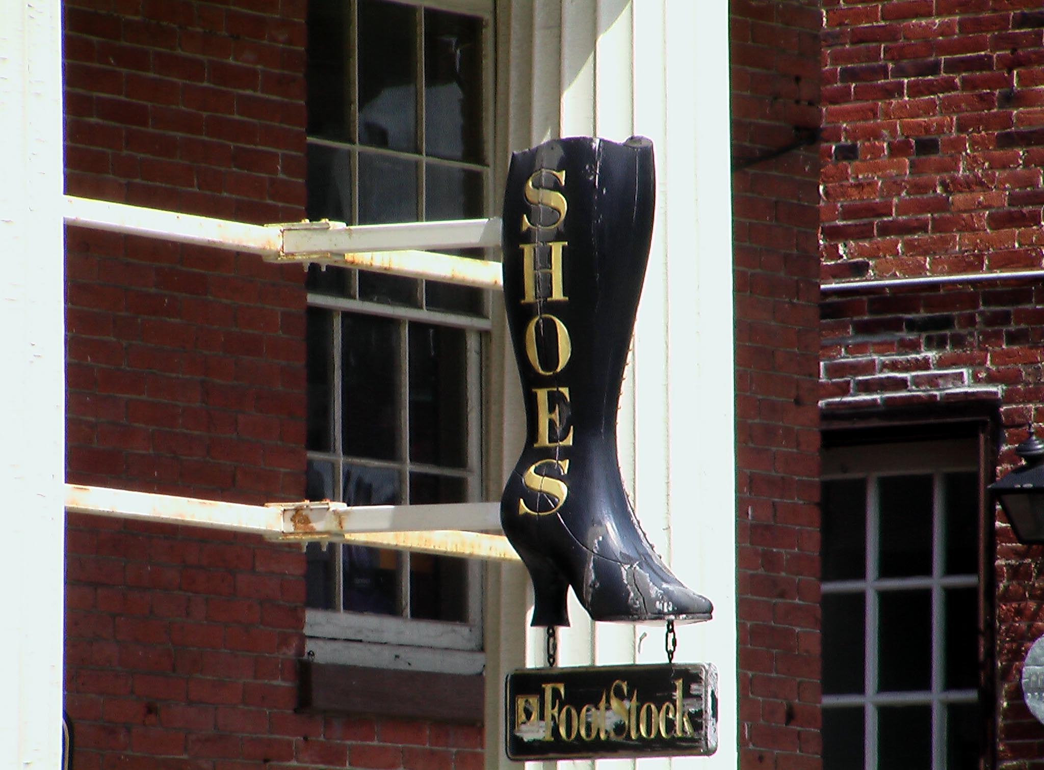 MA Concord - FootStock sign.jpg