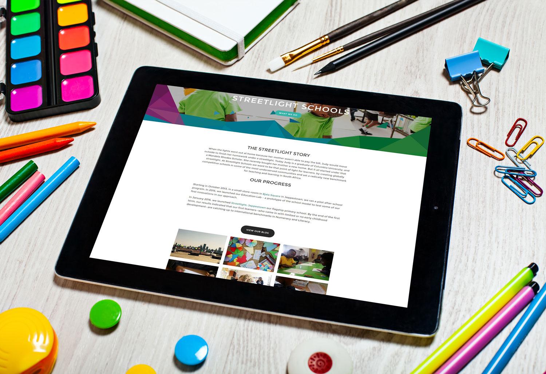 Free-Artist-Tablet-Mockup.jpg