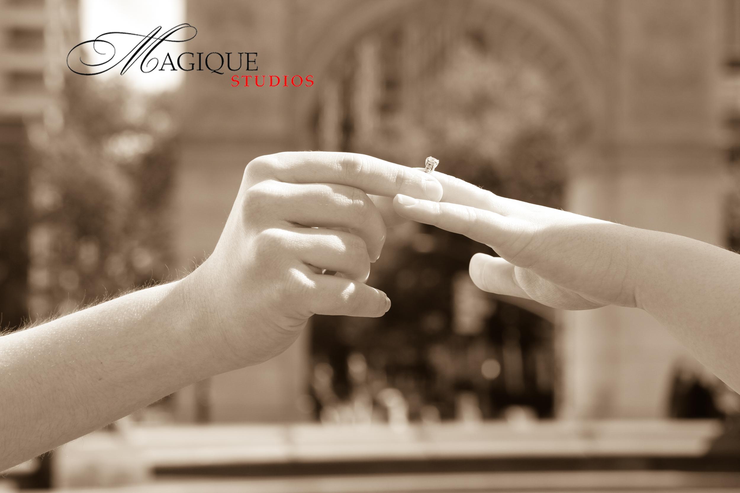 www.magiquestudios.com