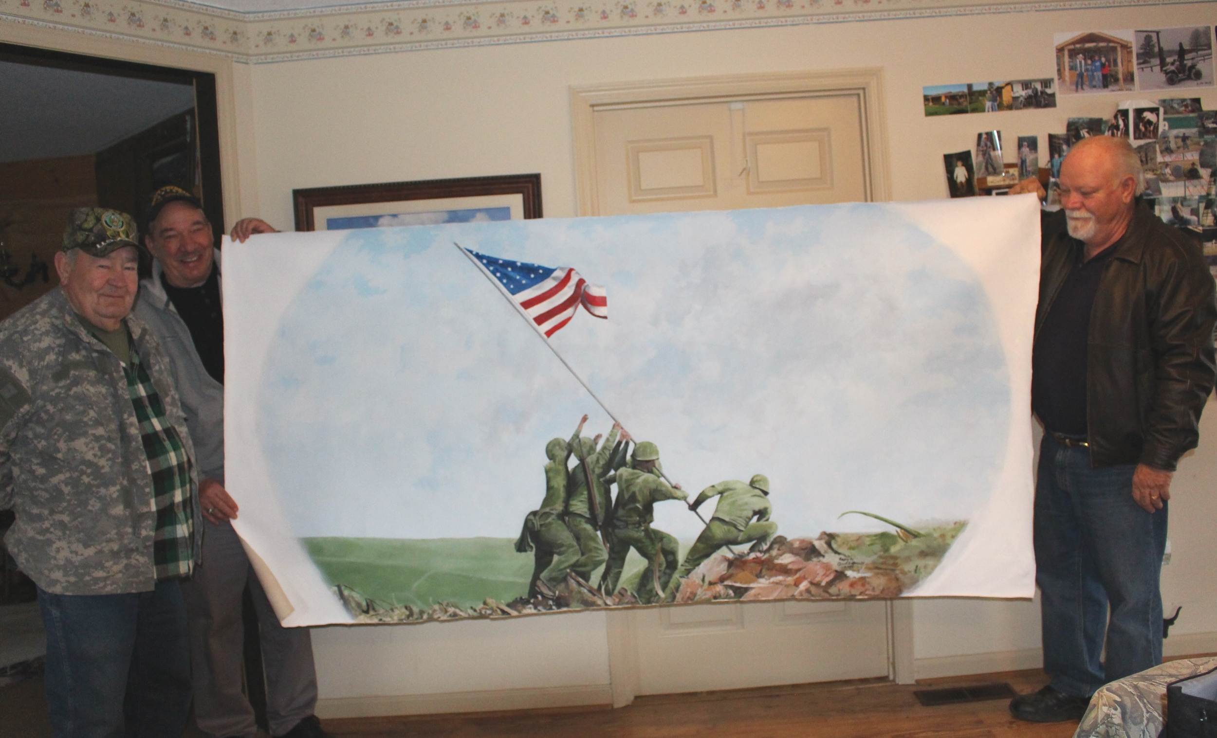 Fort Villanow Veterans Wes Alexander and Ralph Casey (left) with Mural Artist, Chuck Schmult (right)