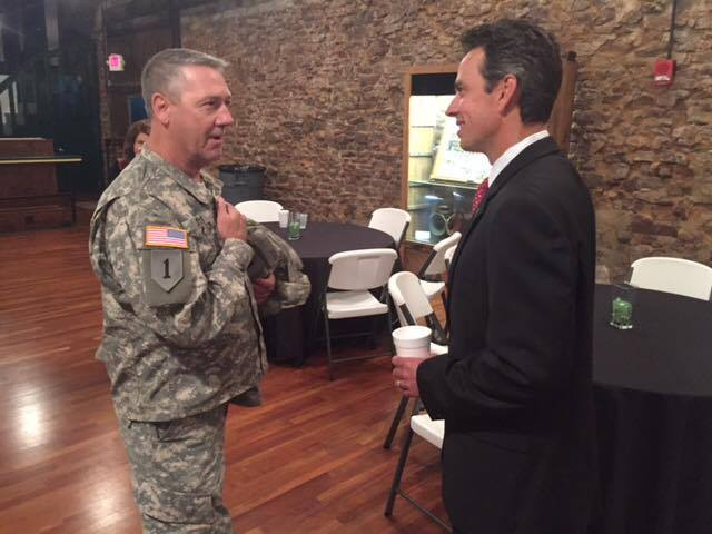 A Fort Villanow Veterans Project member , Sergeant Tony Dyer of the United States Army, meeting with Congressman Tom Graves.