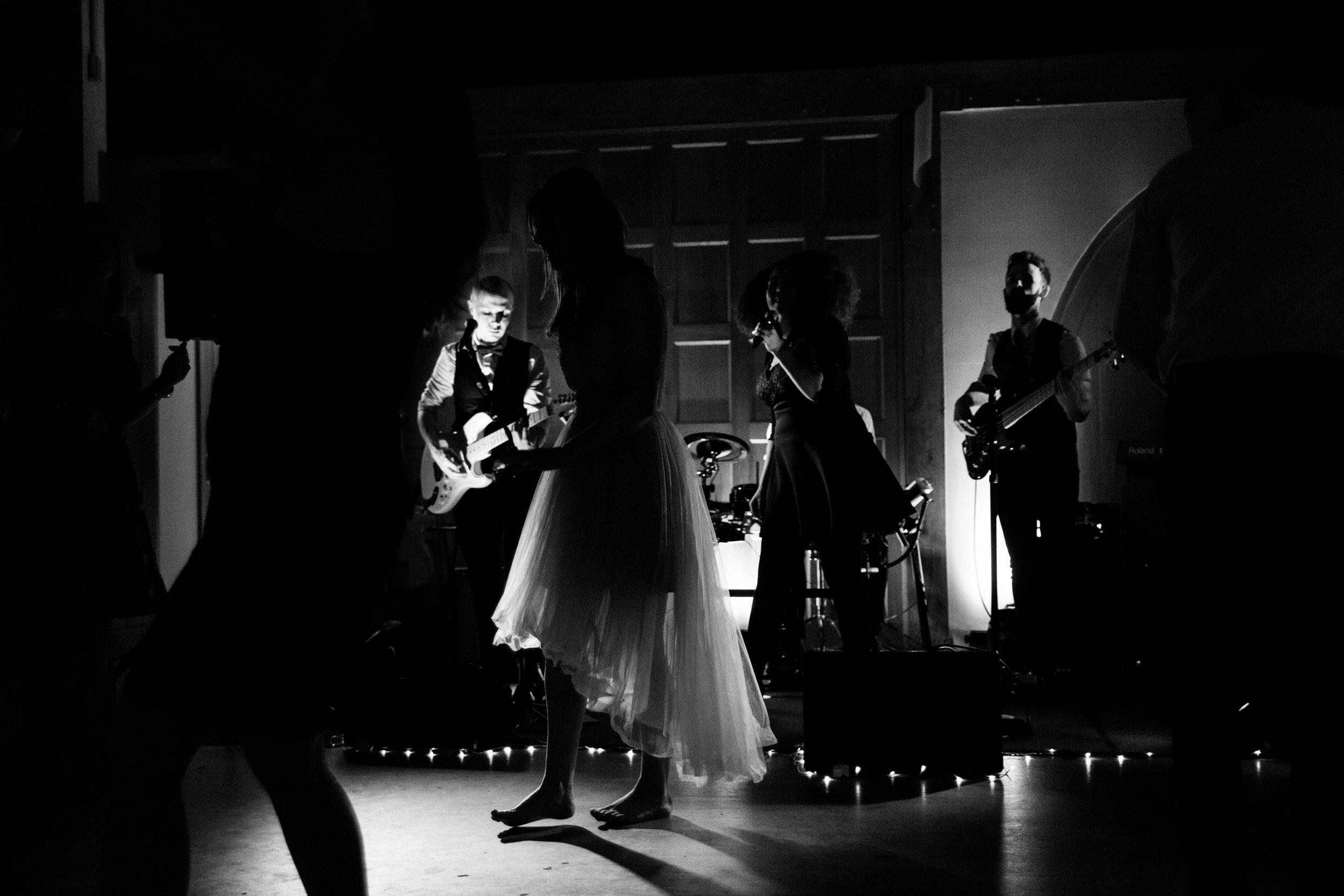 NLPhotography_EmJ&Jonny-618Black&White.jpg