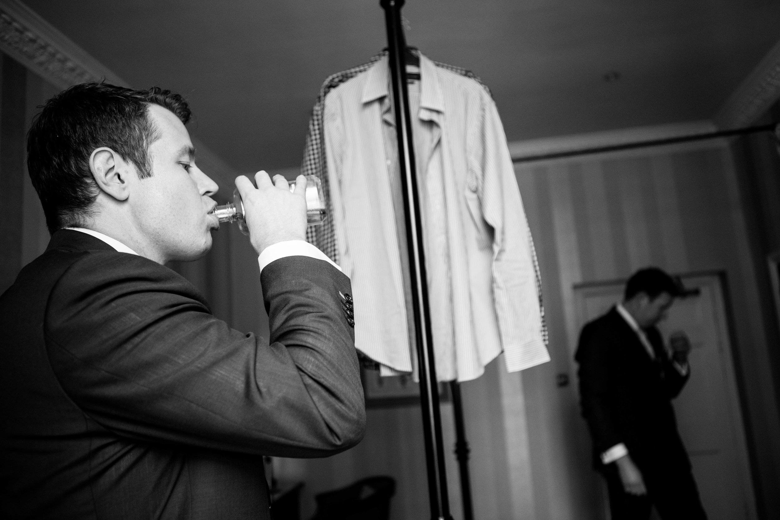 NLPhotography_Taplow_House-Wedding_Photographer_Emily&Alan_BnW-124.jpg