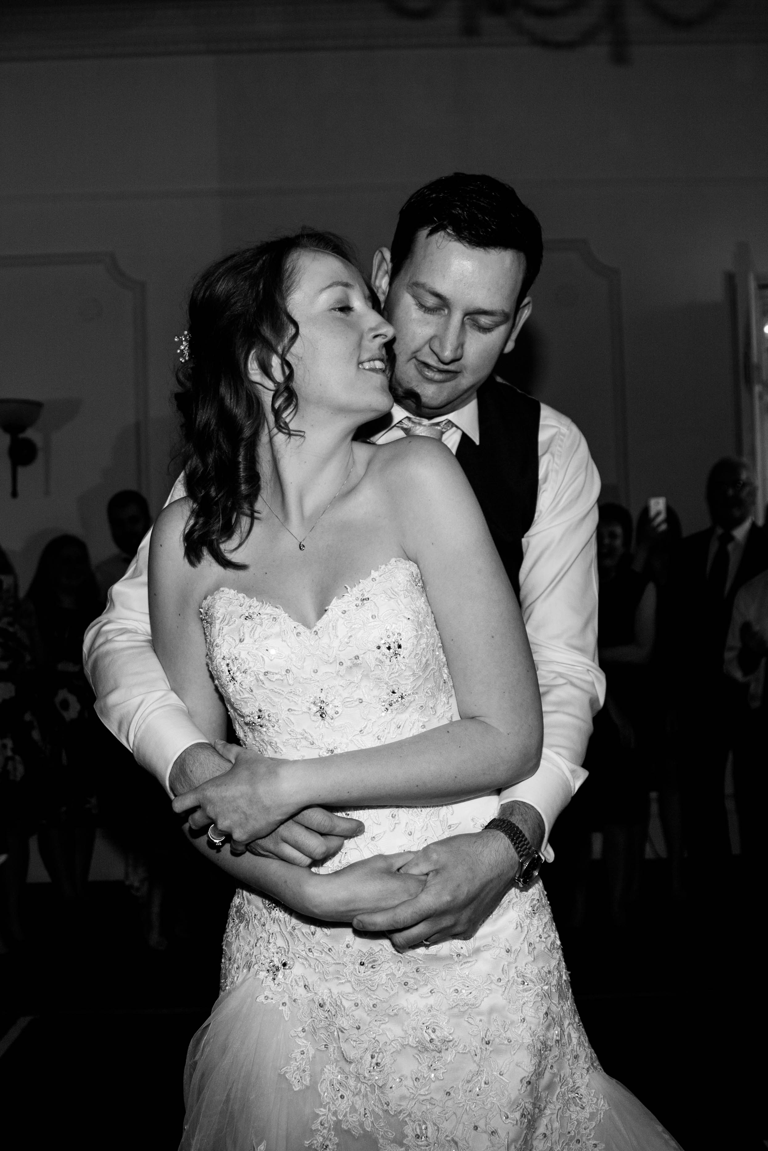 NLPhotography_Taplow_House-Wedding_Photographer_Emily&Alan_BnW-548.jpg