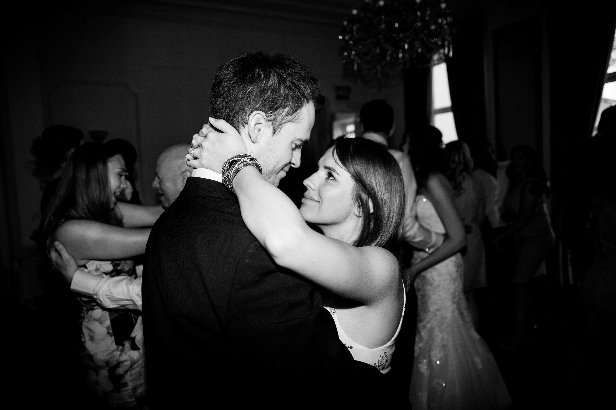 NLPhotography_Taplow_House-Wedding_Photographer_Emily&Alan_BnW-559.jpg