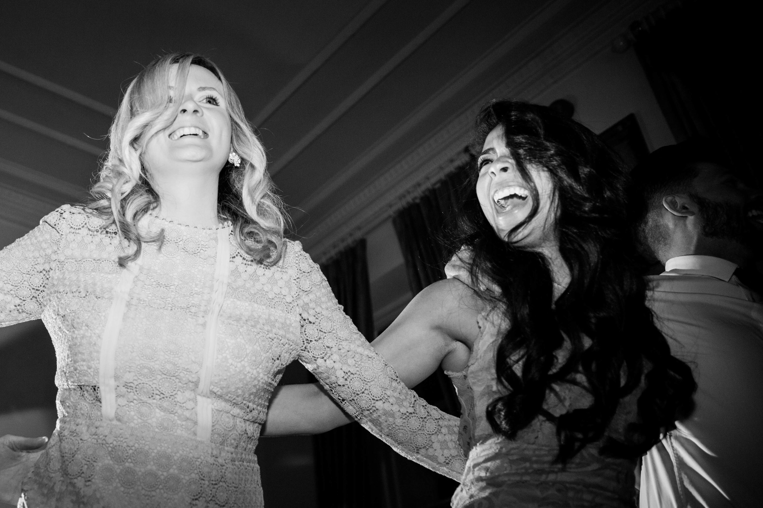 NLPhotography_Taplow_House-Wedding_Photographer_Emily&Alan_BnW-605.jpg
