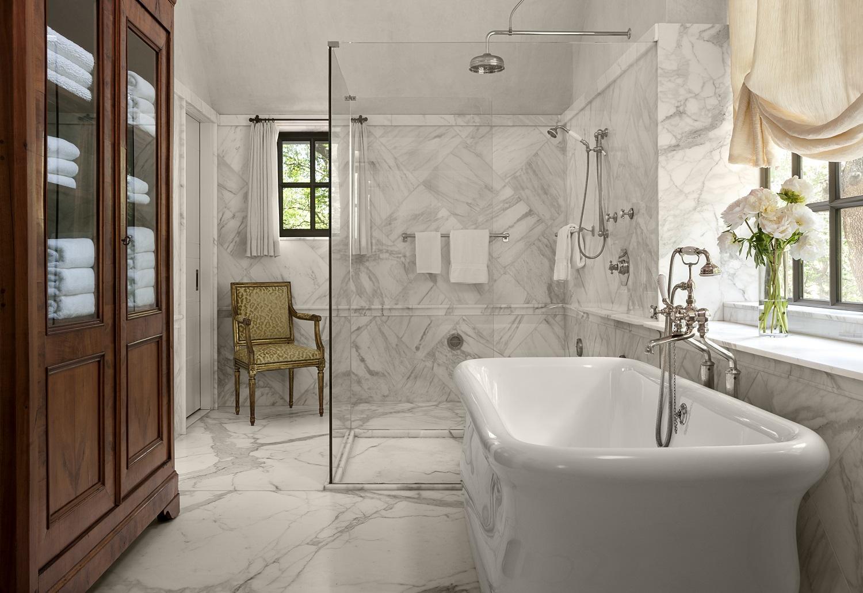 master bathroom_8150.jpg