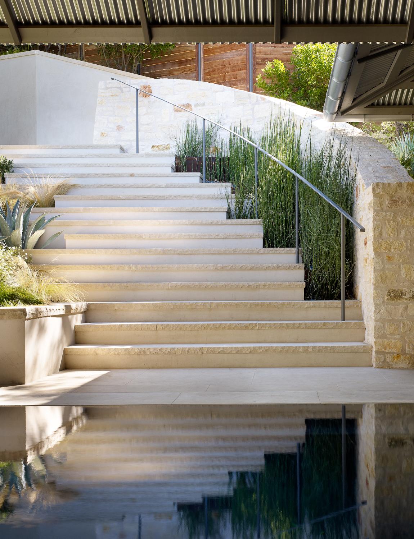 poolgardenstair 96207.jpg