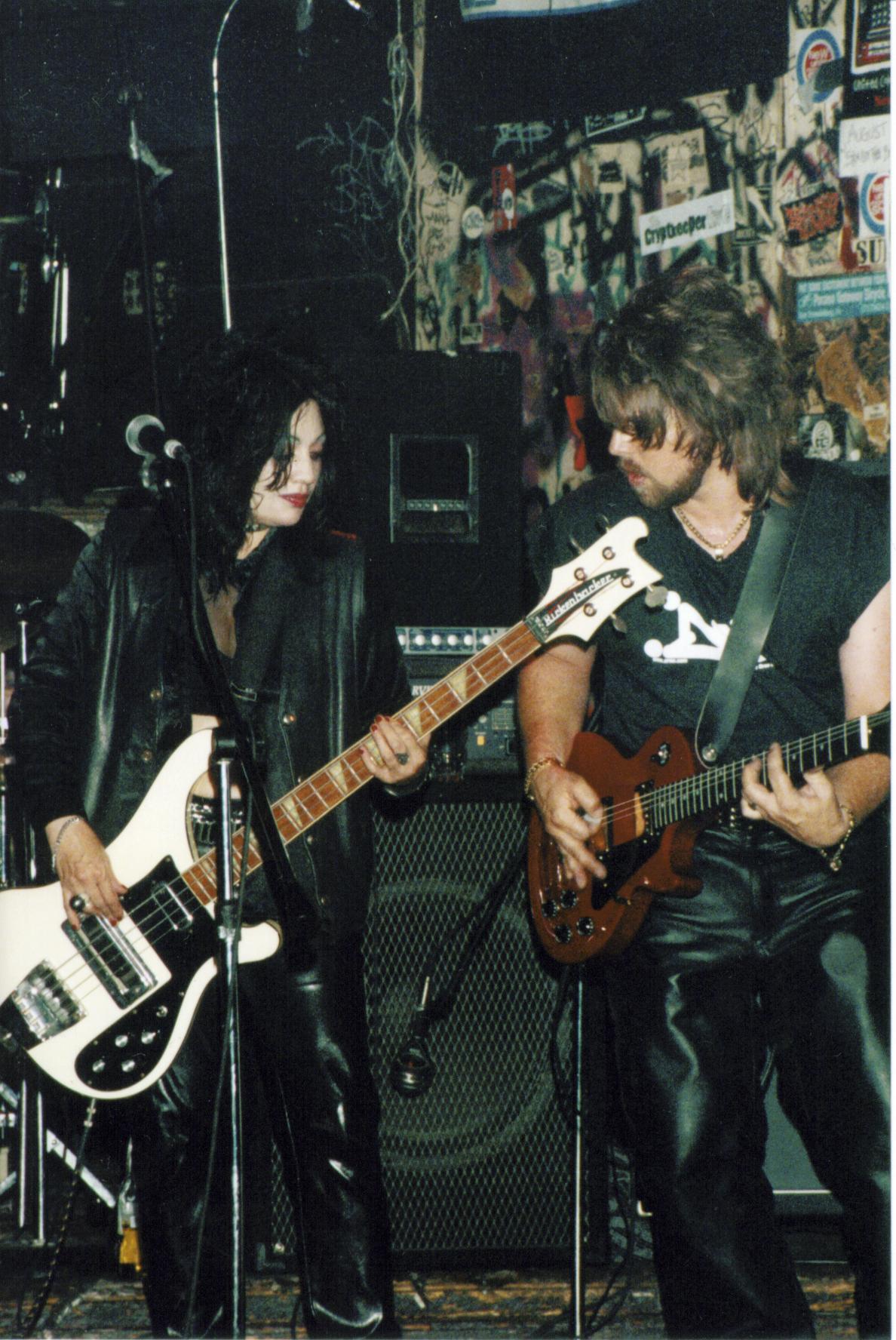 Jon and Didi CBGB 2000.jpg