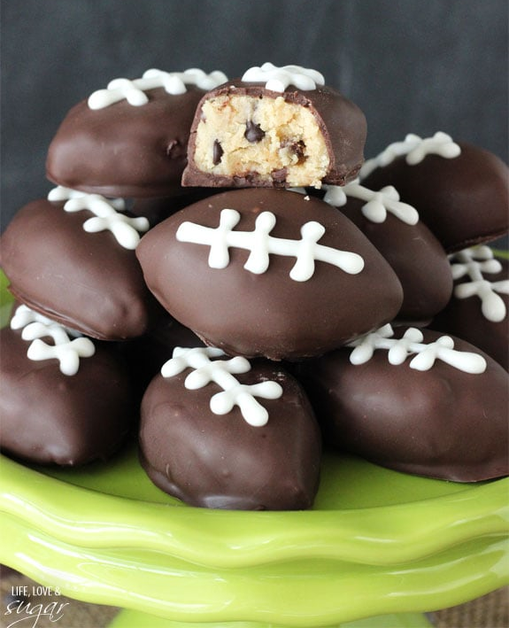 Eggless_Cookie_Dough_Footballs4.jpg
