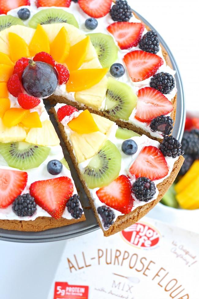 Fruit-Pizza-81-650x975.jpg
