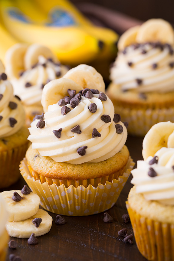 banana_chocolate_chip_cupcakes2..jpg