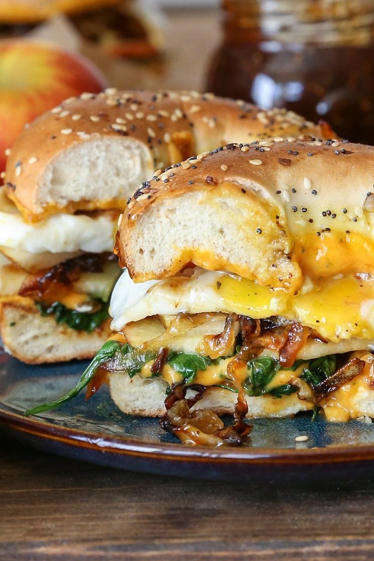 pear_apple_cheddar_caramelized_onion_grilled_cheese_bagel_sandwich_6.jpg