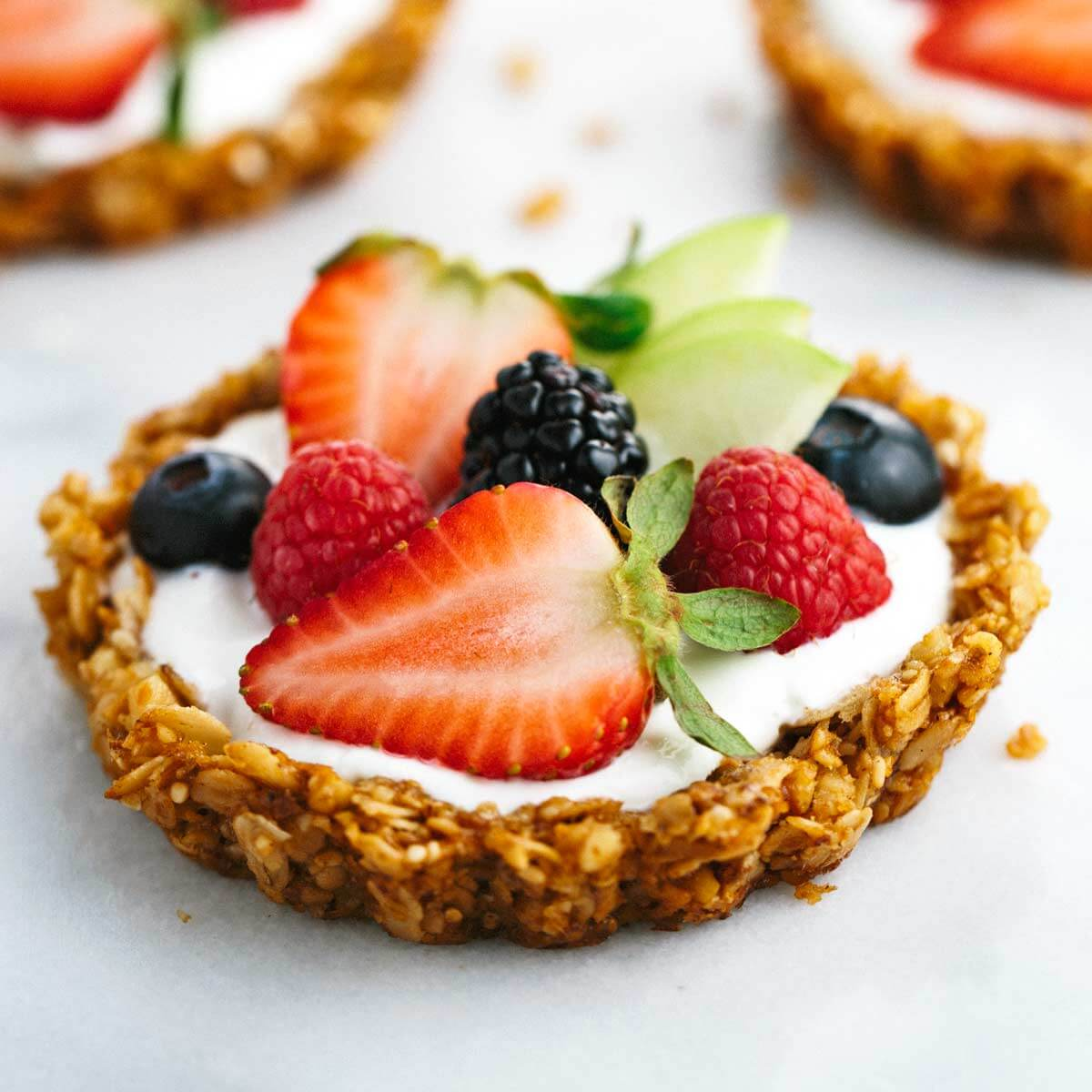 fruit-tart-made-with-yogurt-1200.jpg