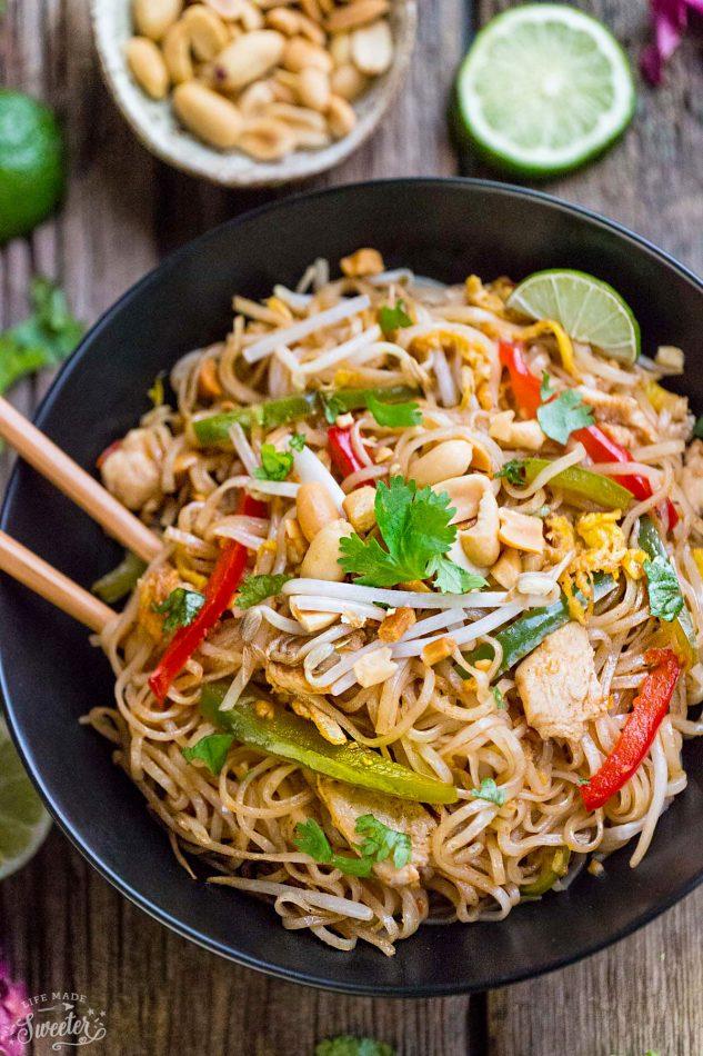 Chicken_Pad_Thai_lifemadesweeter-e1486021459935.jpg
