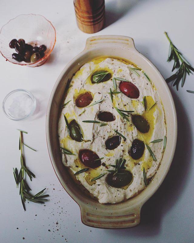 Staycation meditation. Gluten-free focaccia bread with olives and rosemary. Happy 4th. #bread #baking #glutenfree #autoimmune #wheatfree #thefeedfeed #f52grams #buzzfeast #huffposttaste #yahoofood #lifeandthyme #food #bobsredmill #italianfood