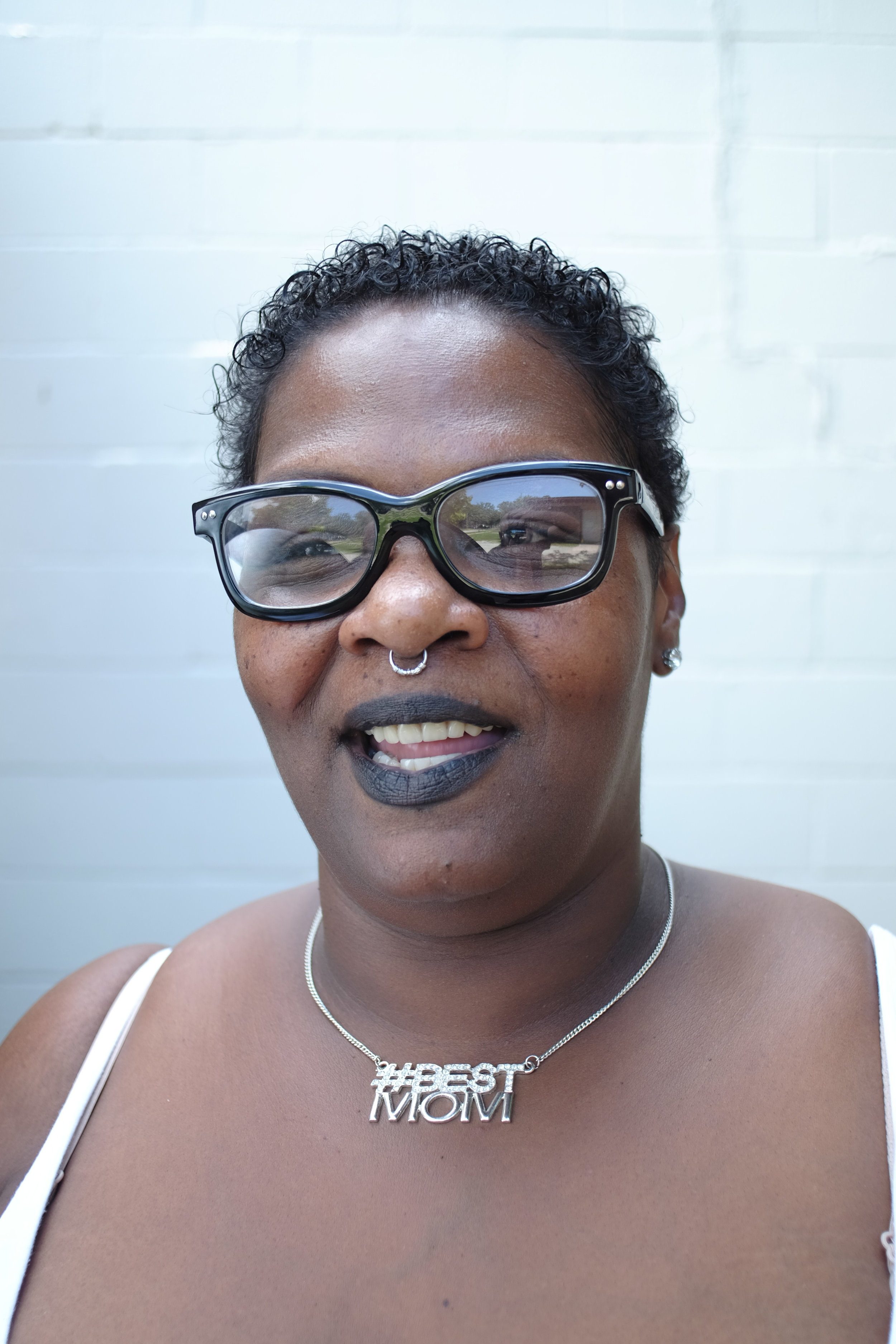 Da'Wanda helps manage  Sacred Suds , a community center for neighbors who gather to do laundry, eat meals, check their emails, etc. Da'Wanda is an awesome neighbor with a huge heart for the City. She is also working on a masters degree!