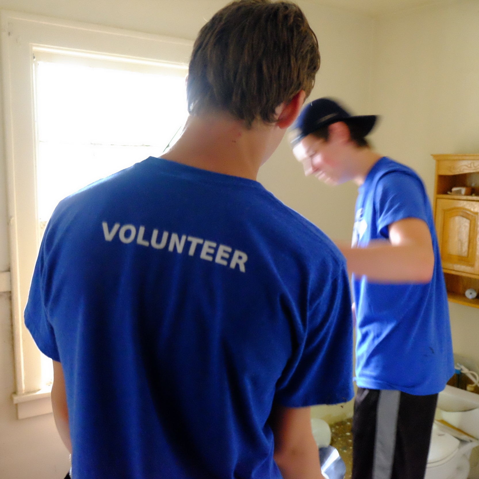 WHY VOLUNTEER? - There are hundreds of benefits to volunteering, here are just a few to get you started!