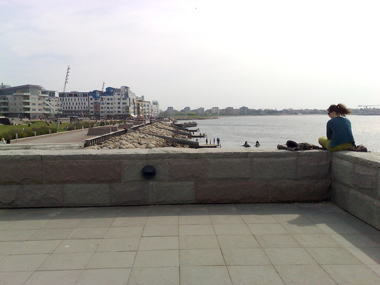 Exempel 3. Den urbana stranden, Västra hamnen, Malmö. (foto: Tomas Wikström)