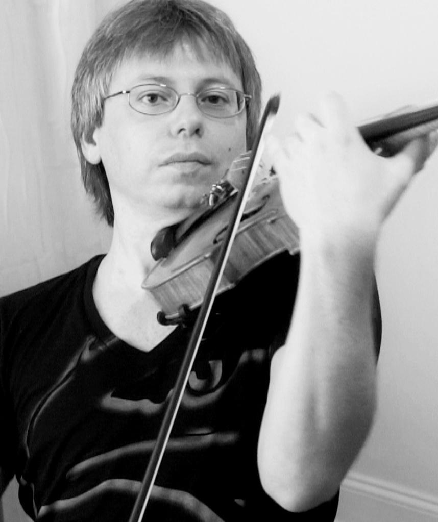 Andy Didorenko headshot.jpg