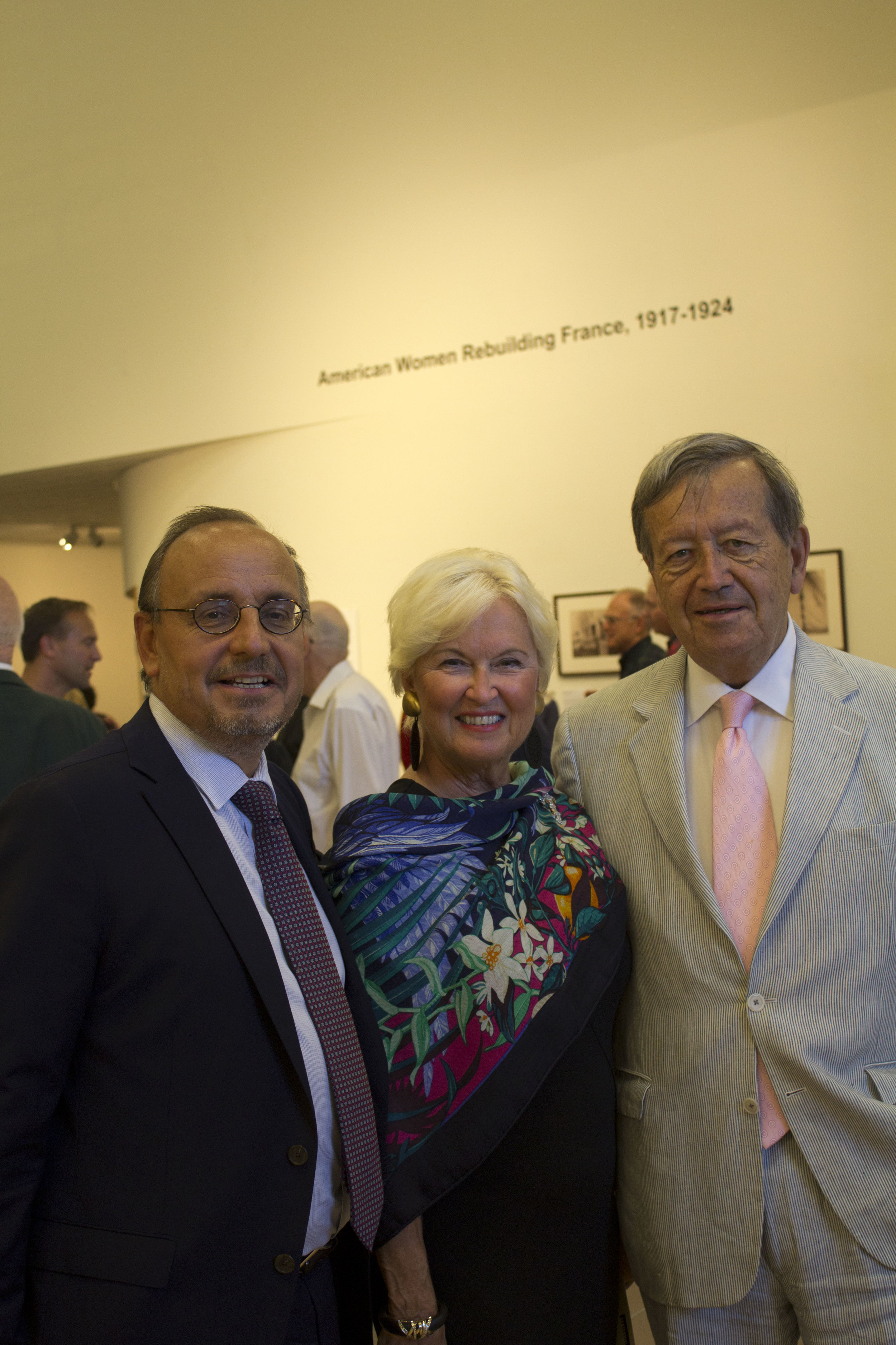 AWRF_USM-OpeningReception_Aug2017_1.jpg