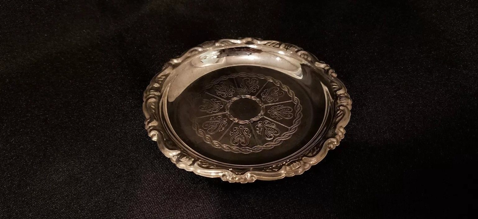 Italian silver plated spoon rest  $9.99
