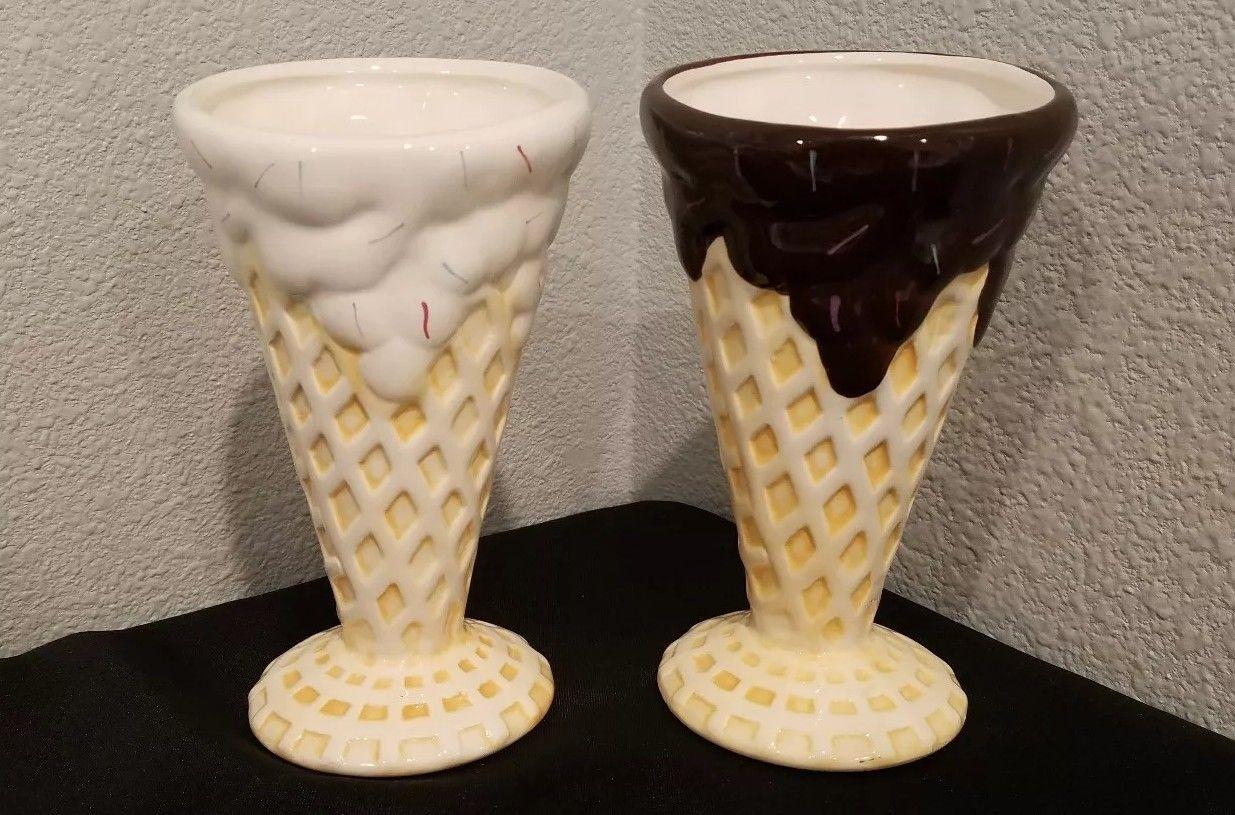 waffle cone ice cream sunday dish (set of 2)  $24.99