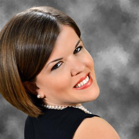 Becky Curran, Social Media Manager