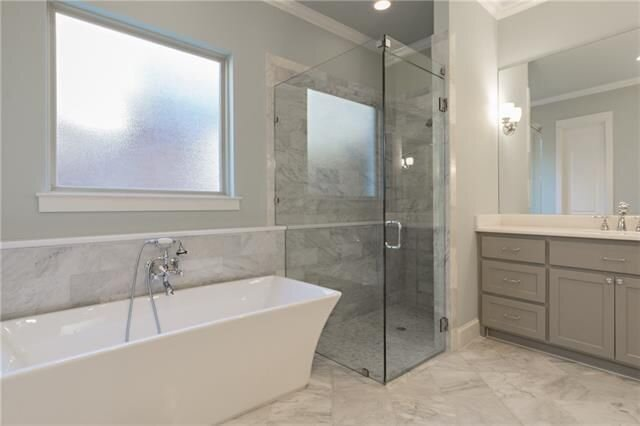 master bath larchwood.jpg