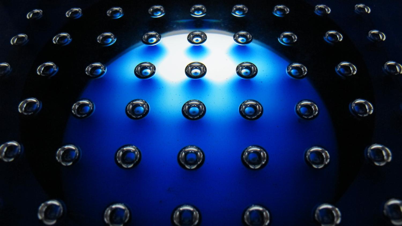 sea-of-spheres_3.jpg