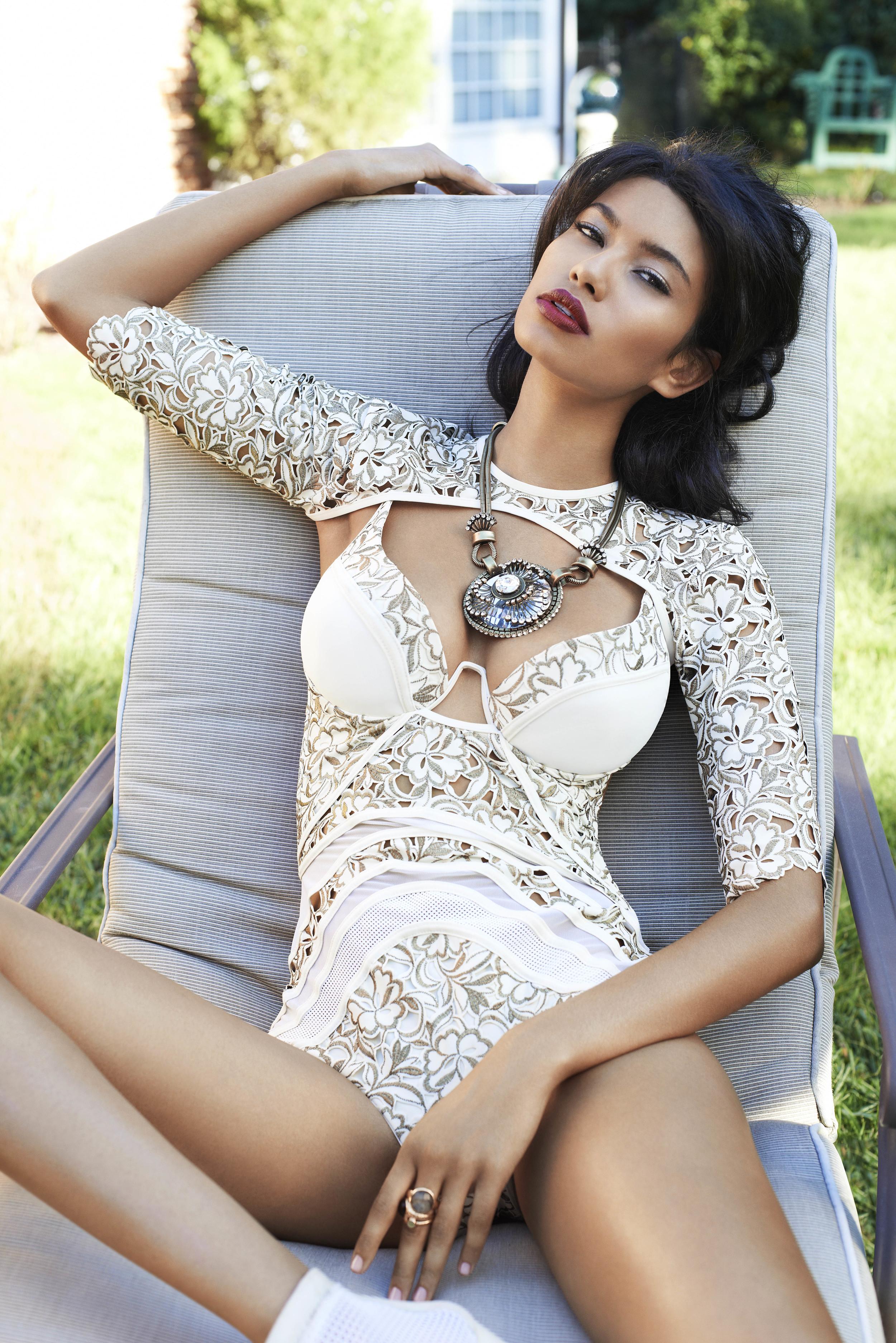 Cosmo for Latinas Magazine Fashion Feature. Photo: Naomi Kaltman.